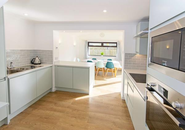 Spacious large family kitchen diner