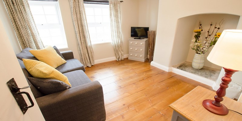 Snug tv room with sofabed