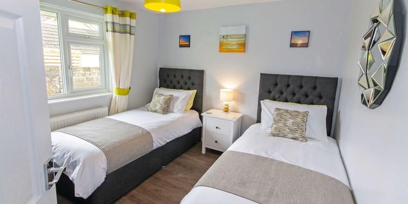 Twin beds at Sandbanks Braunton