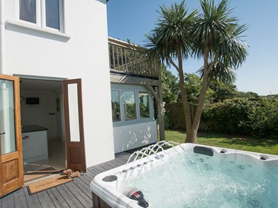 Luxury Hot Tub patio retreat