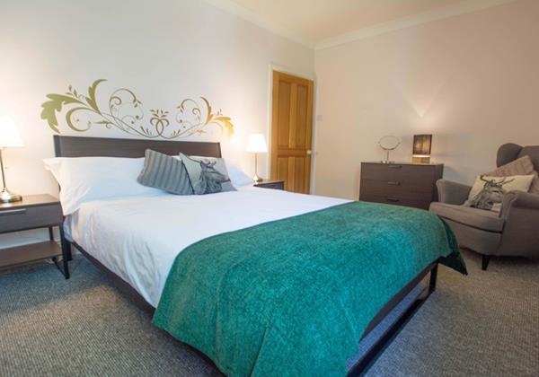 Streamways Master double bedroom