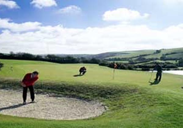 Willingcott Valley Golf Course.jpg