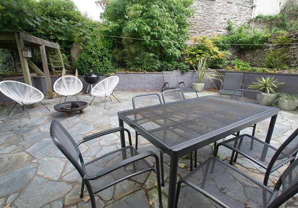 Patio seating with BBQ outside eating