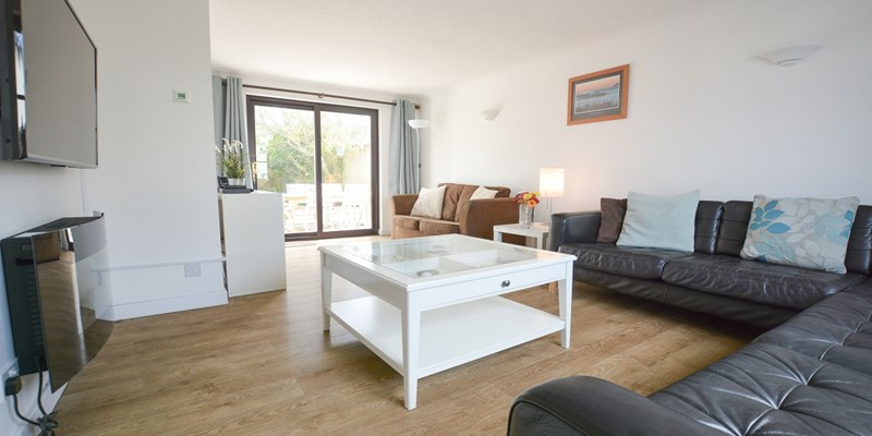 Large Family Lounge Rockpool North Devon rental