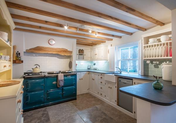 Stunning feature Aga open cottage character kitchen