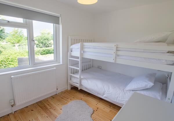 Childrens bunkbeds with play space