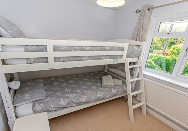 Bunk room perfect for young children