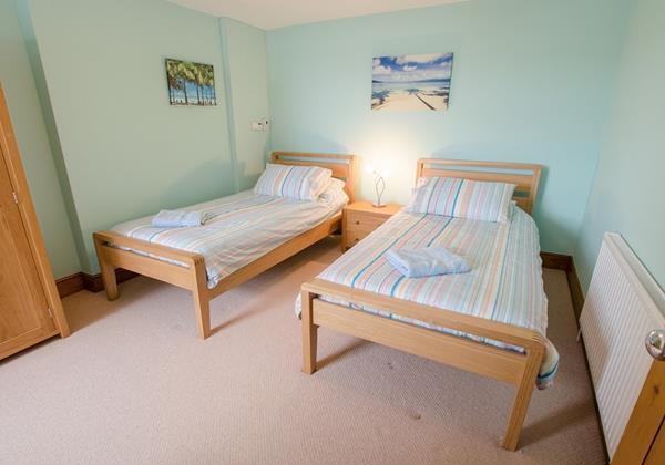 Twin Bedroom in Croyde